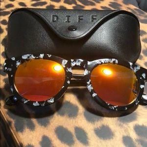 DIFF Eyewear Orange Sunglasses
